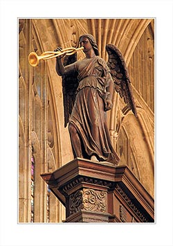 LCCC21-C-0169-Wooden-Angel